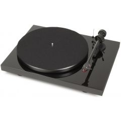 Pro-ject DEBUT CARBON EX-DEMO Black Turntable
