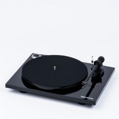 Pro-ject ESSENTIAL 3 Black Turntable